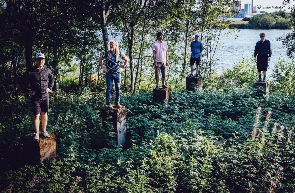 The Nordic View Band in Forest of Oulu Nuottasaari Heinäpää